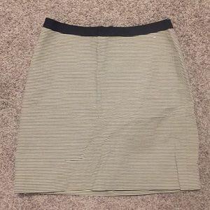 Loft black white pencil skirt size 0